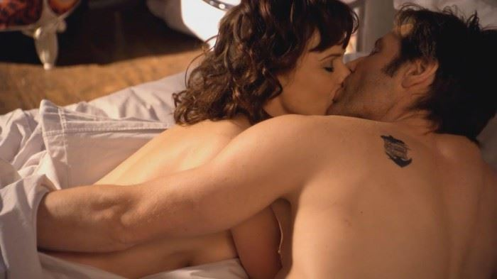 Carla Gugino - Californication - S04E07 - BD - 1_4