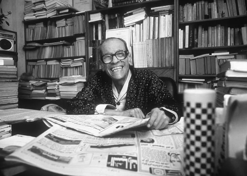 the lawsuit naguib mahfouz Critic rasheed el-enany, in naguib mahfouz, has called half a day a technical tour de force el-enany explains that brief as it is, the story must count as the author's most powerful rendering of the dilemma of the gulf between observable time and mnemonic time.